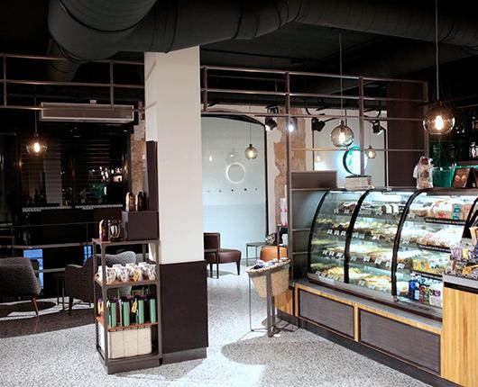 Starbucks opens its first store in downtown San Sebastian