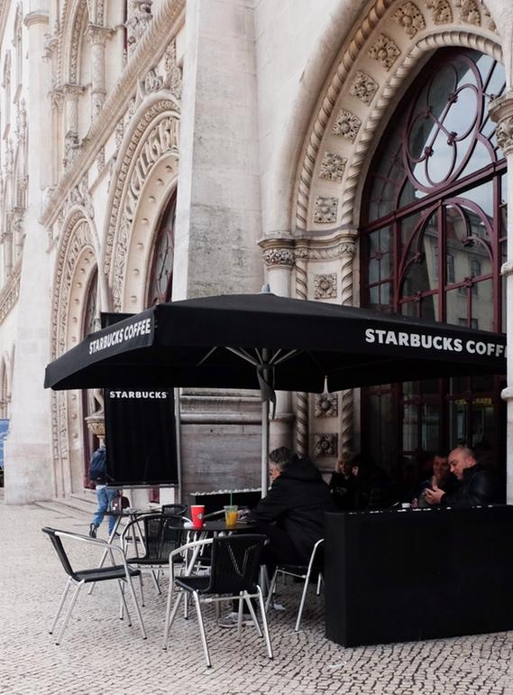 Grupo Vips opens STARBUCKS in Portugal