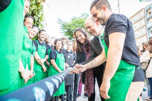 Starbucks opens its first store in Braga